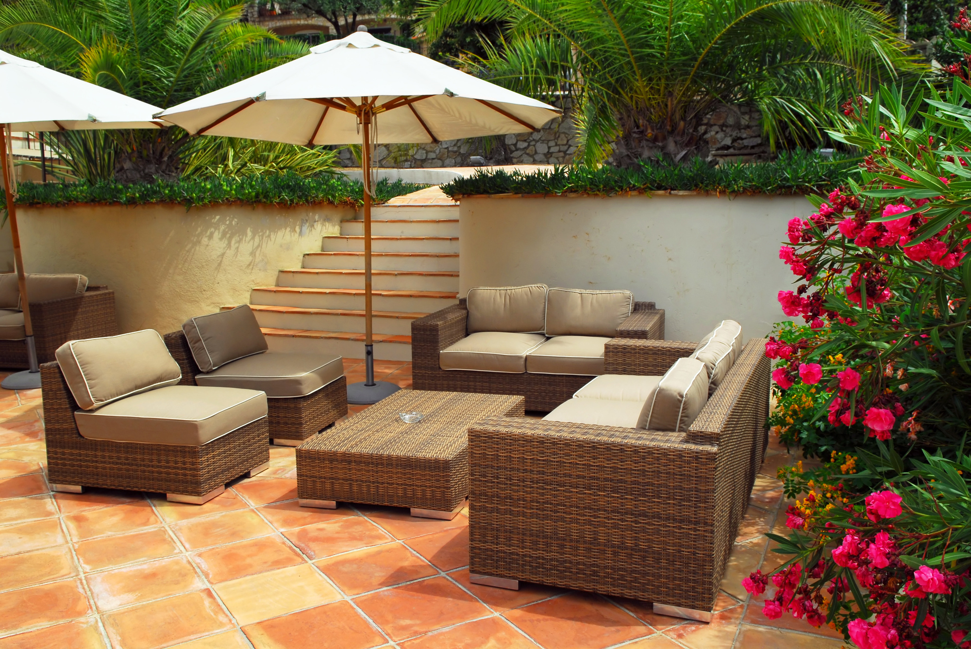 10 Patio Decorating Ideas For The Summer Interior Design Inspiration