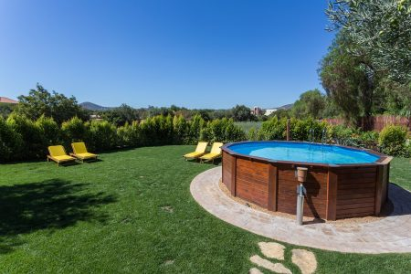 How to Install an Above Ground Pool Just in Time For Summer
