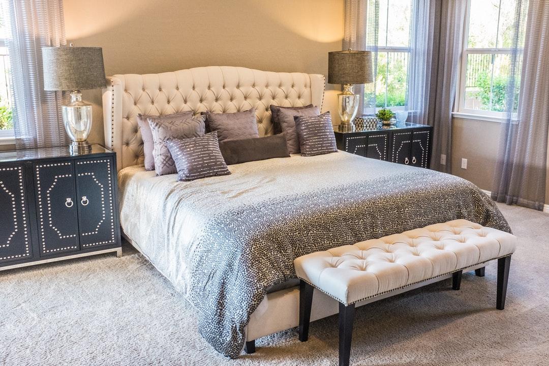 Plush Rugs In Bedroom
